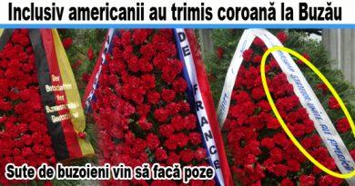Iată poze cu toate coroanele depuse. Unii zic că a lui Iohannis e cea mai frumoasă. E pelerinaj la monument